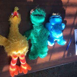 ✅✅Huge Big Bird and friends Sesame Street